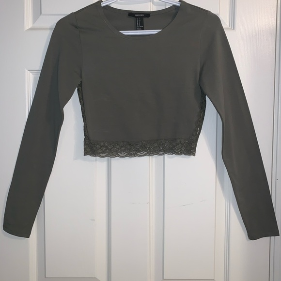 Green Long Sleeve Cropped Top